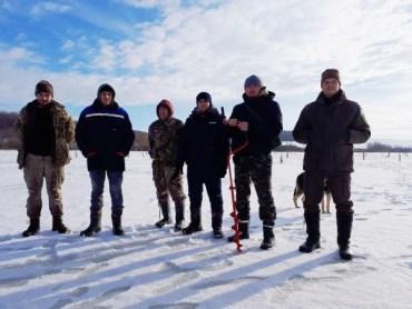 На Тернопільщині рятують рибу від задухи