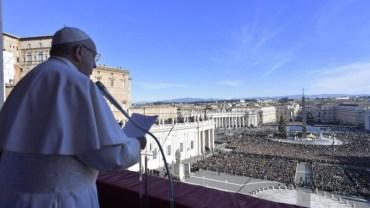 Папа Римський попросив миру для України у Різдвяному привітанні