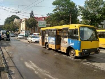 Водій маршрутного автобуса, що збив дитину на переході, постане перед судом