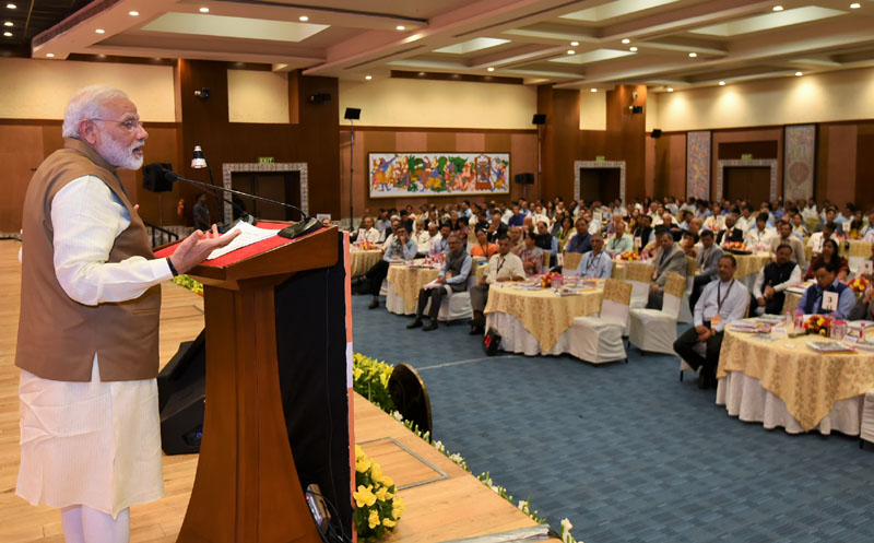 Modi gives states mantra of competitive cooperative federalism