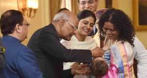 President Ram Nath Kovind launching the Pulse Polio Programme 2018 by Administering Polio Drops to Children, at Rashtrapati Bhavan, in New Delhi on January 27, 2018 as Union Minister for Health & Family Welfare, J.P. Nadda and the MoS Health & Family Welfare, Anupriya Patel looks on.