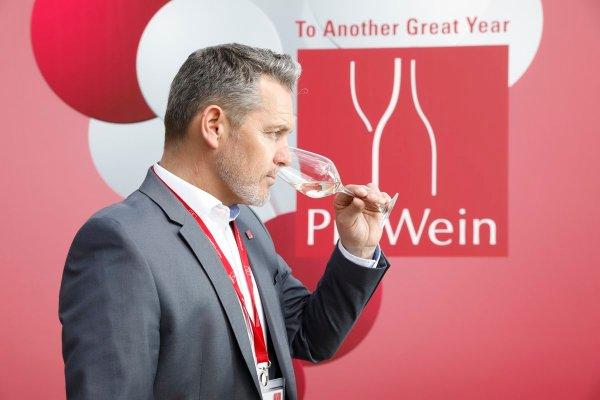 De volta aos negócios: ProWein 2022 começa com a inscrição online dos expositores