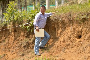 Inician edificación de tanque de agua que beneficiará a 120 habitantes, en Petlacala