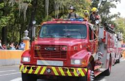 Participan más de 150 elementos de rescate en desfile de Bomberos de Orizaba