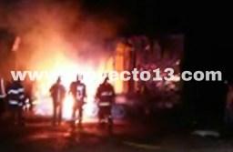 Mueren cuatro personas en accidente en Cuitláhuac