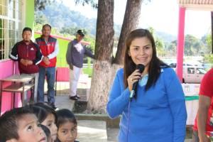 Entregan sanitarios para primaria Venustiano Carranza de Tenejapa, Huatusco