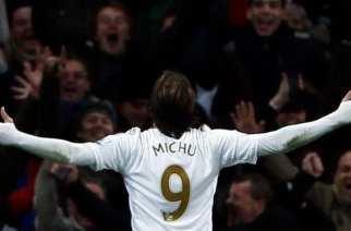 Michu descarta dejar el Swansea este verano