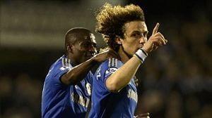 David Luiz celebra su gran gol