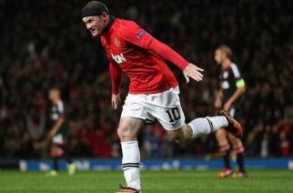 Rooney y Van Persie mandan en Old Trafford