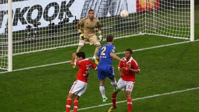 chelsea ivanovic benfica gol