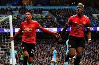Pogba y Smalling revientan el Derby de Manchester