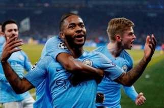 El Manchester City resucita a tiempo