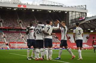 El Tottenham golea en Old Trafford