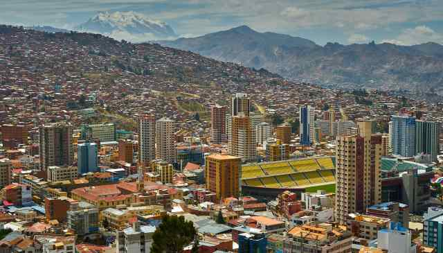 la_paz_bolivia_from_above