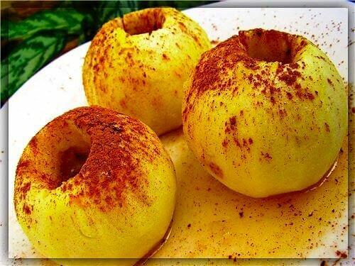 Очистка кишечника печёными яблоками