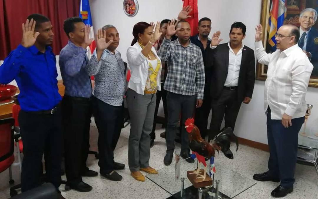Quique Antún juramenta a regidor y numerosos dirigentes PRD en Consuelo, SPM