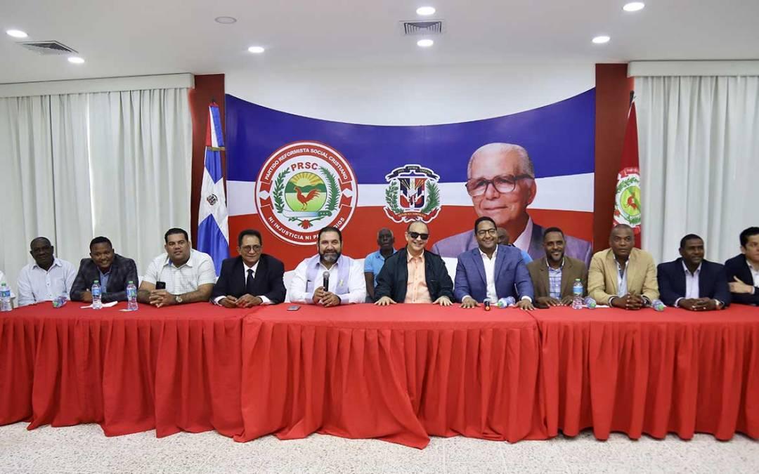 PRSC da bienvenida a decenas de dirigentes que decidieron activarse en el reformismo