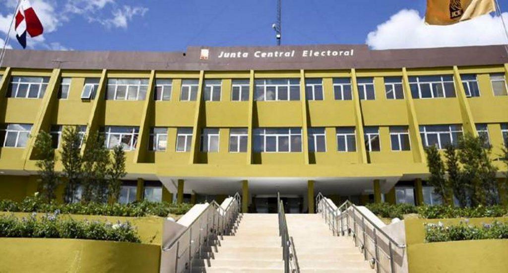 PRSC y FP rechazan JCE asuma Gobierno si no hay comicios