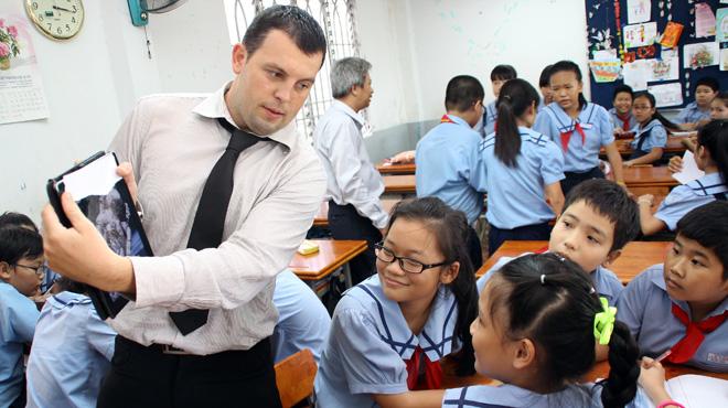 Lưu ý khi thuê giáo viên nước ngoài dạy tiếng Anh