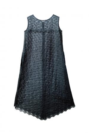 刺繍レースドレス ¥34,560(税込)