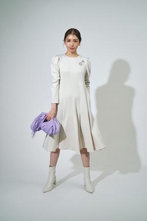 dress ¥18,000+tax