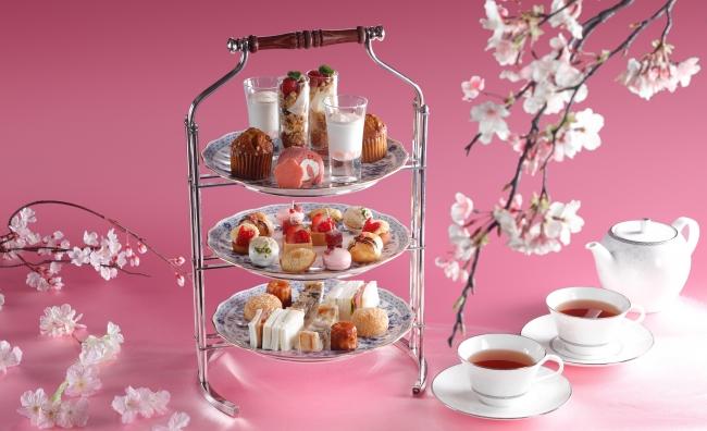 いちごと桜のアフタヌーンティー(写真は2名様分です)