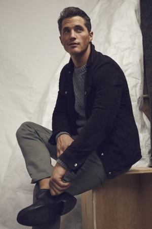トラディショナルなフィッシャーマンズセーターを、 細かいケーブルで都会的に刷新。 /コットンケーブルセーター12,000円(税込)