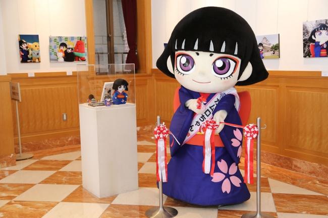 (オープニングセレモニーでは、カムロちゃんが器用にテープカットをしました!)