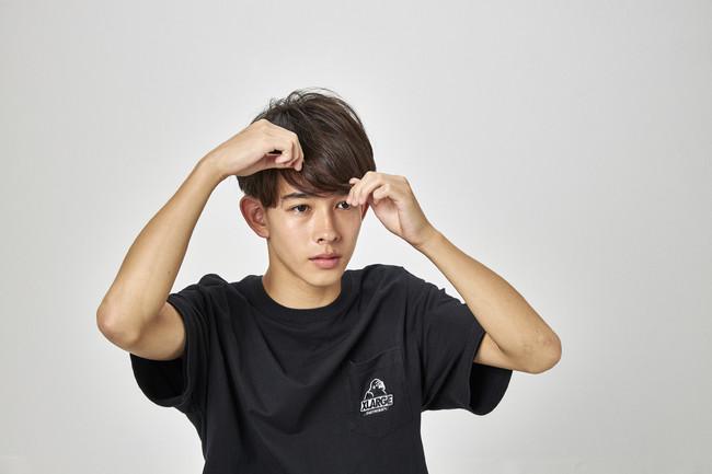 ■ナチュラルルーズ 繊細な束感やハネ感も自由自在、下げる髪型に特化