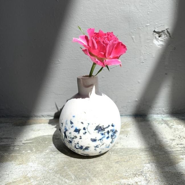 実際に製作したドライフラワーを用いた花瓶