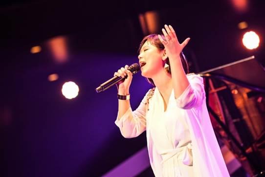 「絢香2019ライブ」の画像検索結果
