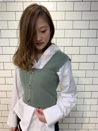 衣装提供:MURUA (渋谷109店)