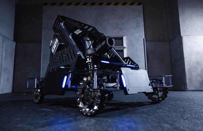 FUKUOKA NIWAKAチームのヒーローロボット(RoboMaster2019出場)。