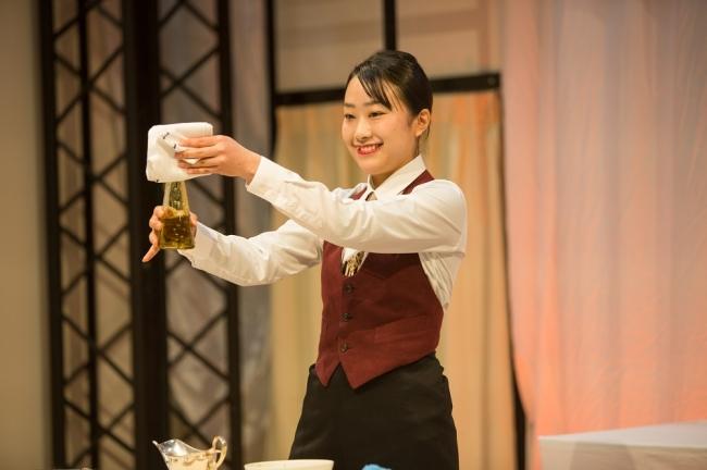 金賞・厚生労働大臣賞を受賞した中村さんの実演