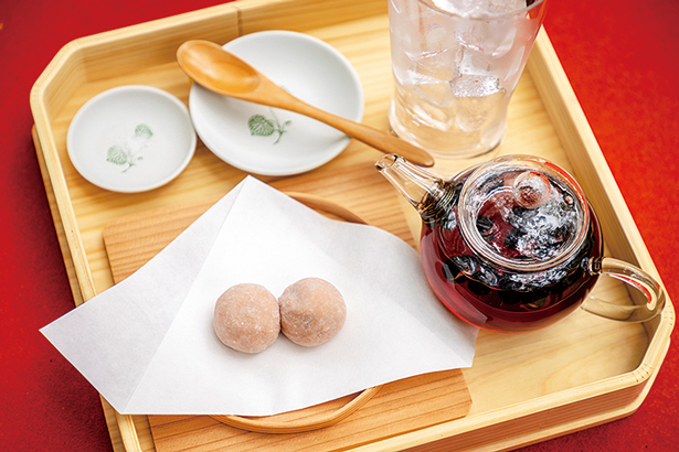 京都めぐりの醍醐味といえば和菓子。ひとり旅のおやつにぴったり♪
