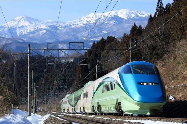 新幹線初のリゾート列車「とれいゆつばさ」