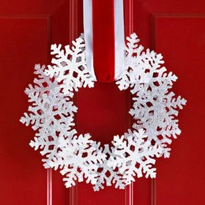 wreath-snowflakes2