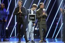 Capetonian indie-pop trio Beatenberg were the big winners at the XXI Annual South African Music Awards last Sunday night in Sun City. They took home a total of six/seven awards for their album The Hanging Gardens of Beatenberg. Picture Credit: Bafana Mahlangu