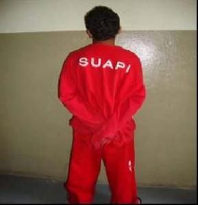 Adolescentes usando o uniforme da SUAPI, mesmo destinado aos adultos que cumprem pena privativa de liberdade. Foto: CNJ