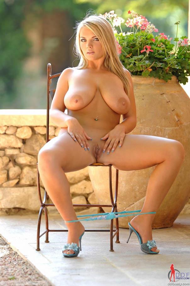 Ljepotica slike golih Slike golih