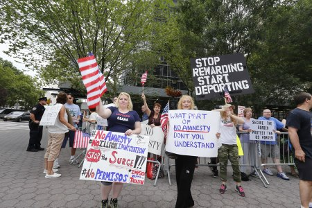 american-resilience-protestors-against-immigration