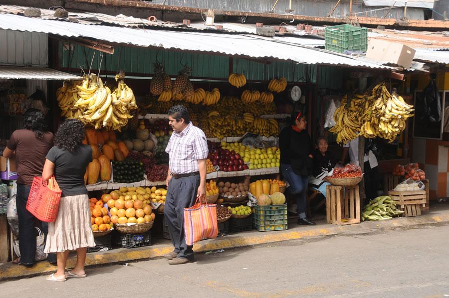 expat-street-market-mexico
