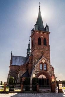 Główny Szlak Świętokrzyski - kościół w Masłowie