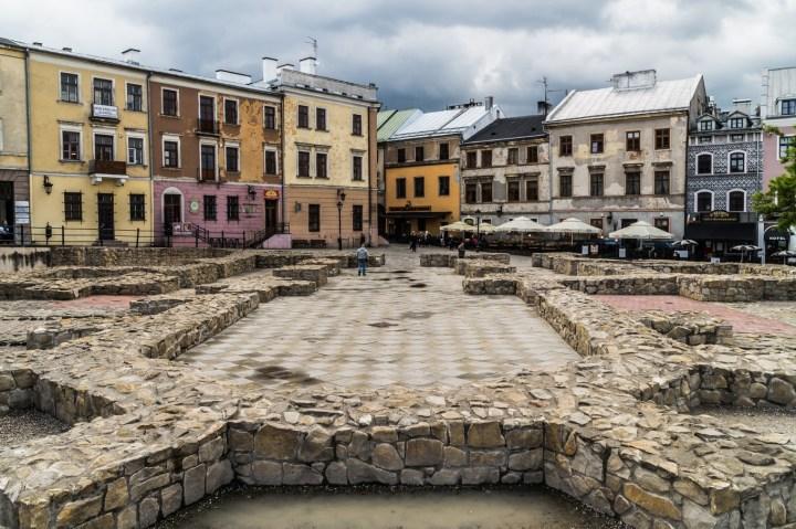 fundamenty na placu w Lublinie