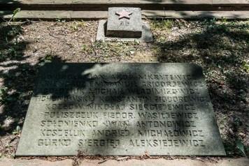cmentarze w kielcach - Cmentarz Żołnierzy Radzieckich grób