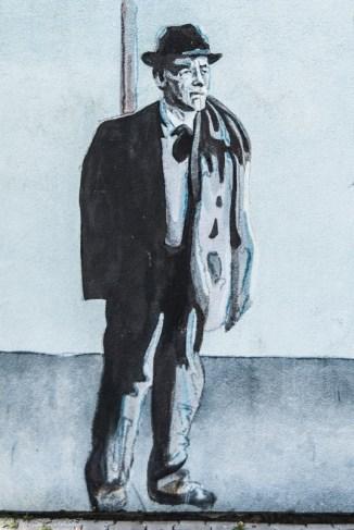 mural przedstawiający mężczyznę