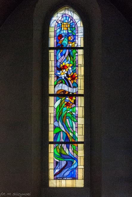 Kościół św. Trójcy - witraże