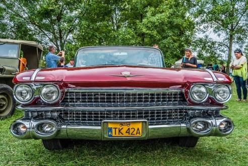 szeroki zabytkowy samochód amerykański