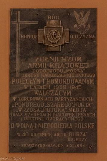 Skarżysko-Kamienna - tablica upamiętniająca poległych żołnierzy AK