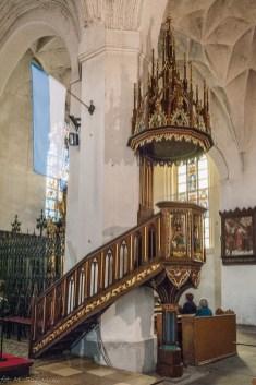 atrakcje malborka - kościół jana chrzciciela mównica